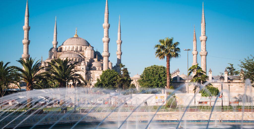 No se pierda la espectacular Mezquita Azul
