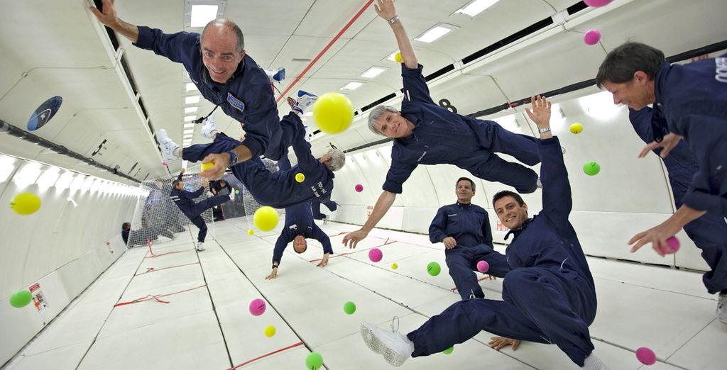 ZERO-G - Zero Gravity Weightless Experience (Video) - The Green Head