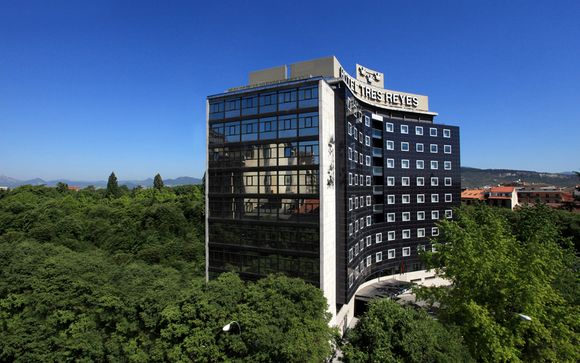 Hotel Tres Reyes 4* Pamplona