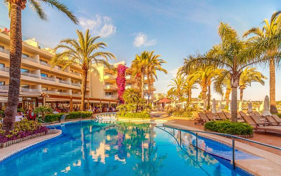 Adults Only Beachfront Hotel in Port d'Alcudia