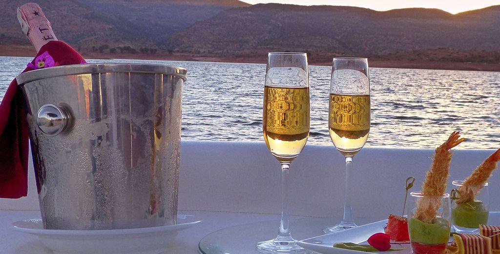 Entspannen Sie sich mit einem Glas Sekt