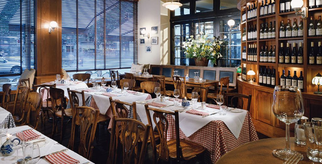 Genießen Sie köstliche Gerichte im Restaurant Reinhards