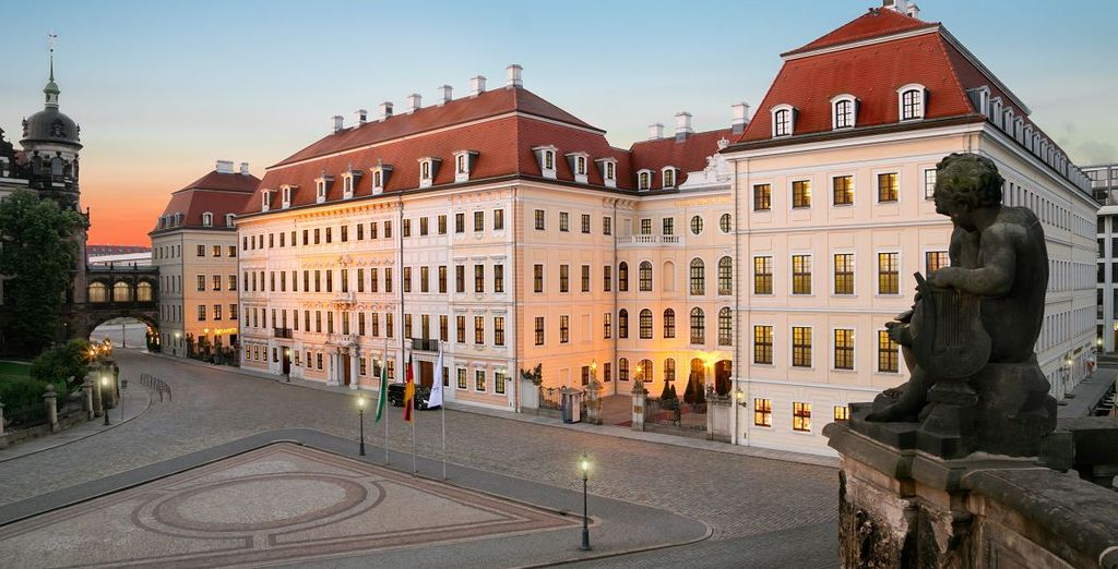Willkommen im Hotel Taschenbergpalais Kempinski...