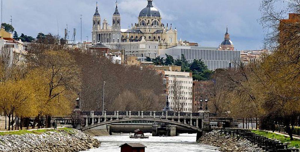 Besichtigen Sie die Kathedrale Almudena