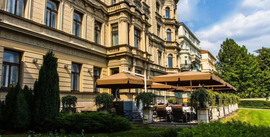 ... Le Palais Art Hotel