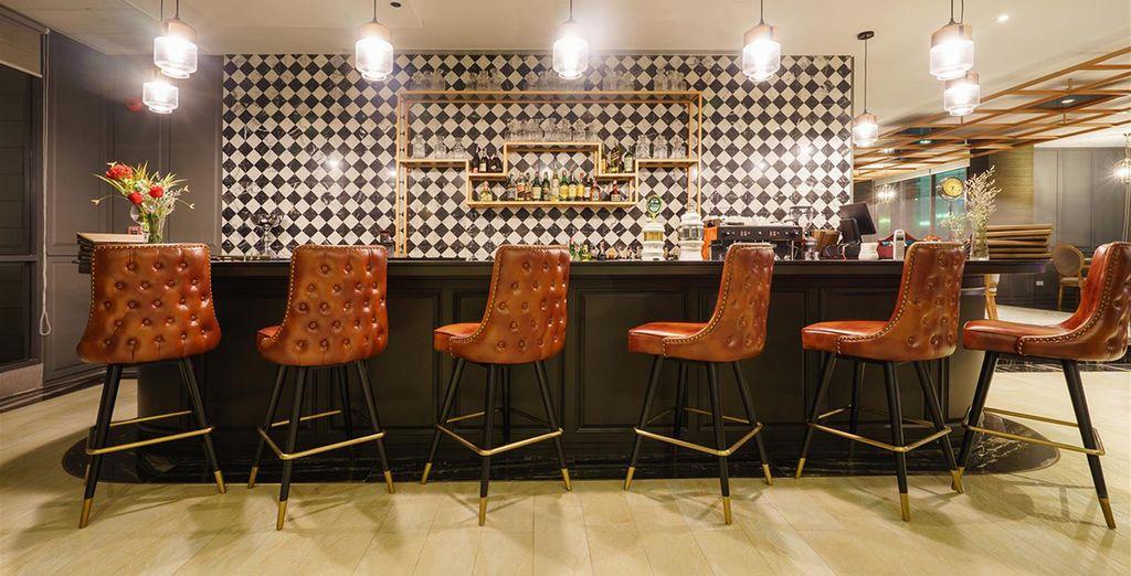 Gönnen Sie sich einen Drink in der Lounge