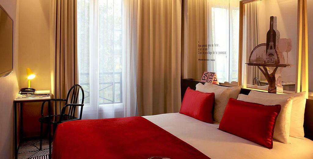 Sie werden in einem individuell gestalteten Standard Zimmer übernachten