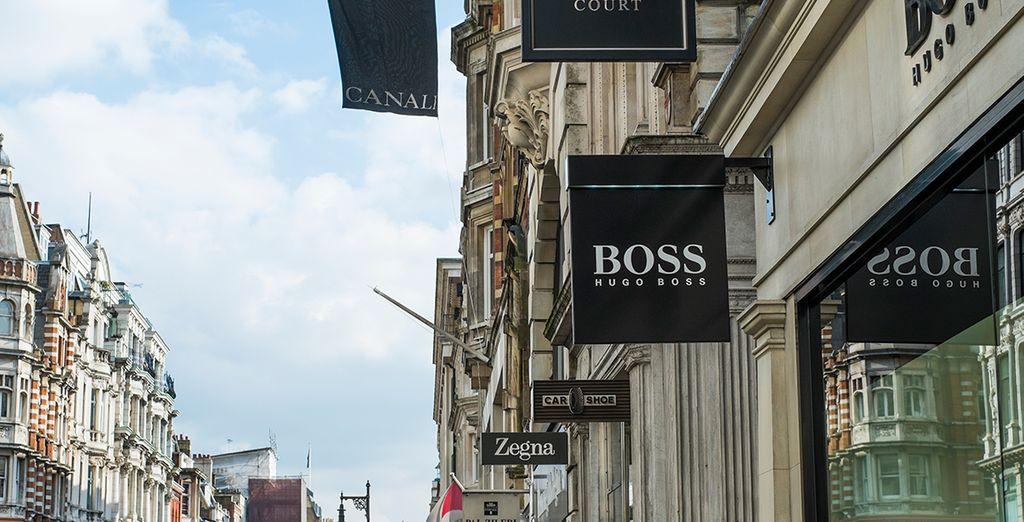Ihr Hotel liegt ideal zwischen den  internationalen Markenshops am Oxford Circus...