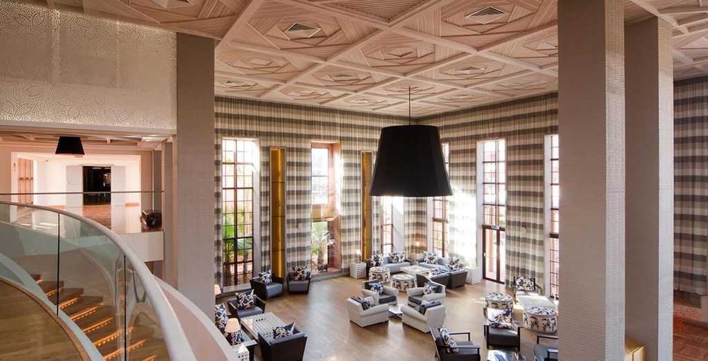 Das Hotel ist modern eingerichtet