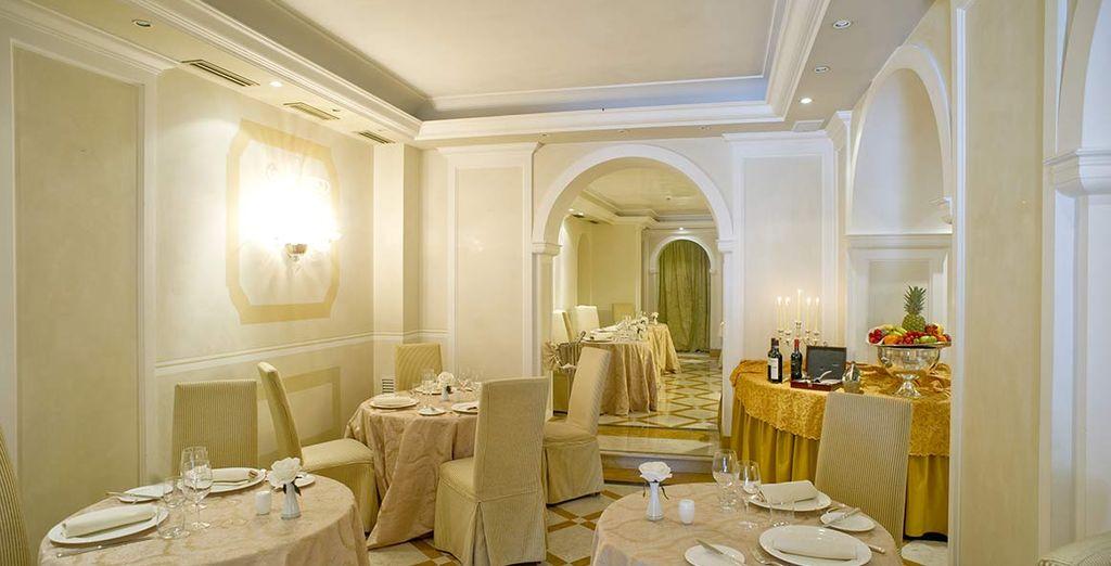 Genießen Sie typisch italienischen Gerichte im hoteleigenen Restaurant