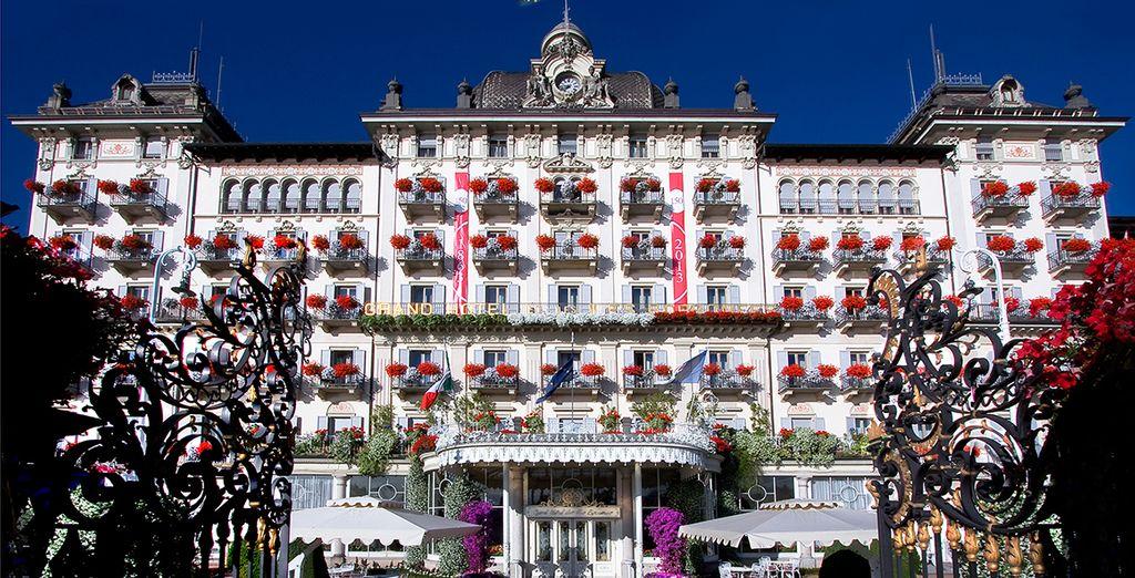 Heißt Sie das Grand Hotel der Borromäischen Inseln herzlich Willkommen...