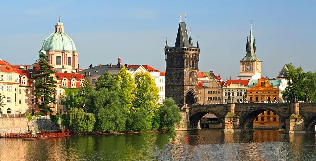 Wir wünschen Ihnen einen wunderschönen Aufenthalt in einer der schönsten Hauptstädte Europas!