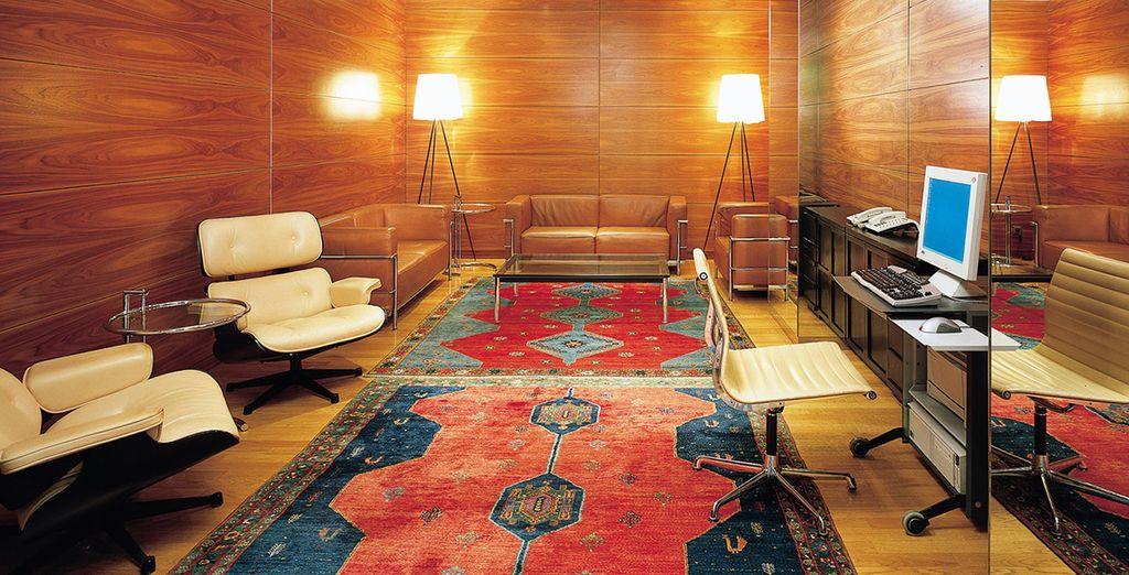 Besuchen Sie die Business Lounge des Hotels