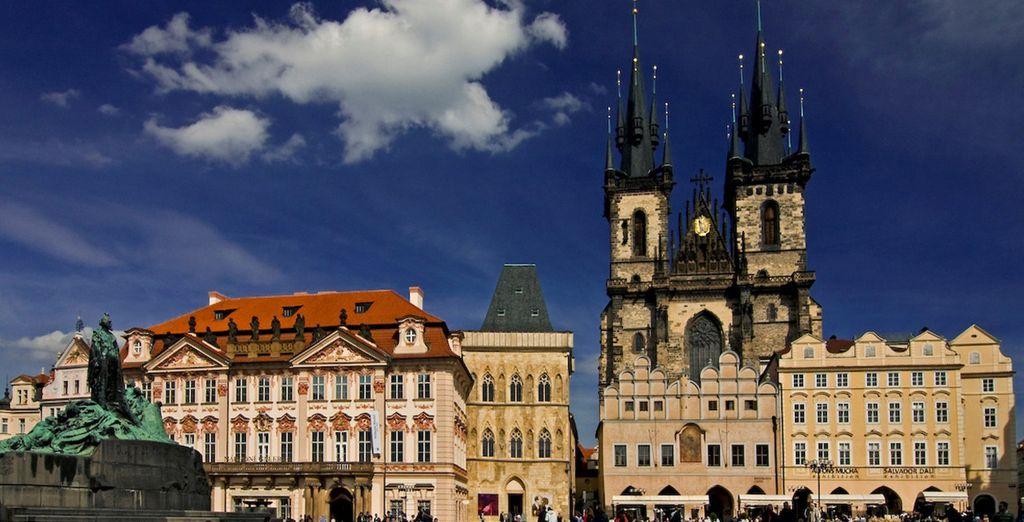 Oder machen Sie eine Stadtrundfahrt durch Prag!