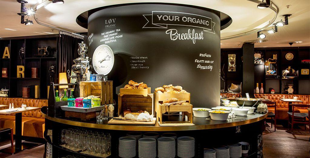 Tanken Sie bei einem köstlichen und reichhaltigen Frühstück Energie für den Tag