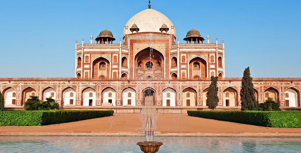 Sie beginnen Ihre Reise in Delhi