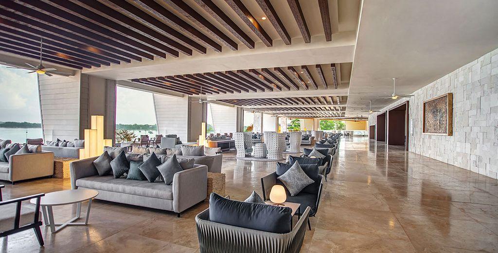 Das luxuriöse Hotel lädt zum Entspannen ein