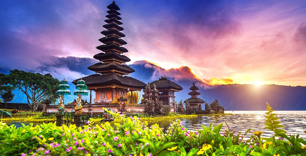 Der Tempel Ulun Danu ...