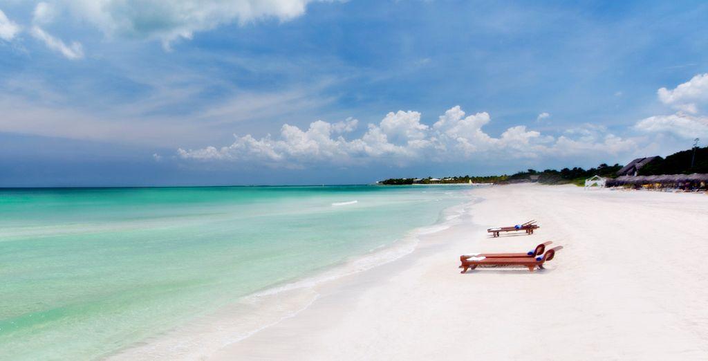 Entspannen Sie sich mit Ihrer Familie am Strand