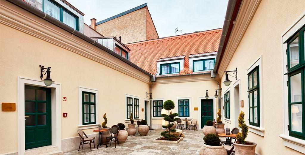 Maison Bistro & Hotel 4*