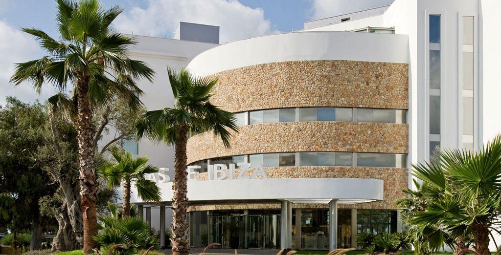 Adéntrate en el Hotel Aguas de Ibiza Lifestyle & Spa