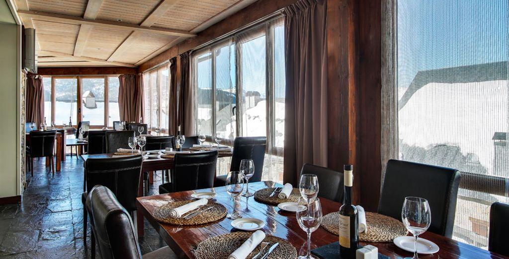 Reserva tu mesa en uno de los 4 restaurantes del hotel