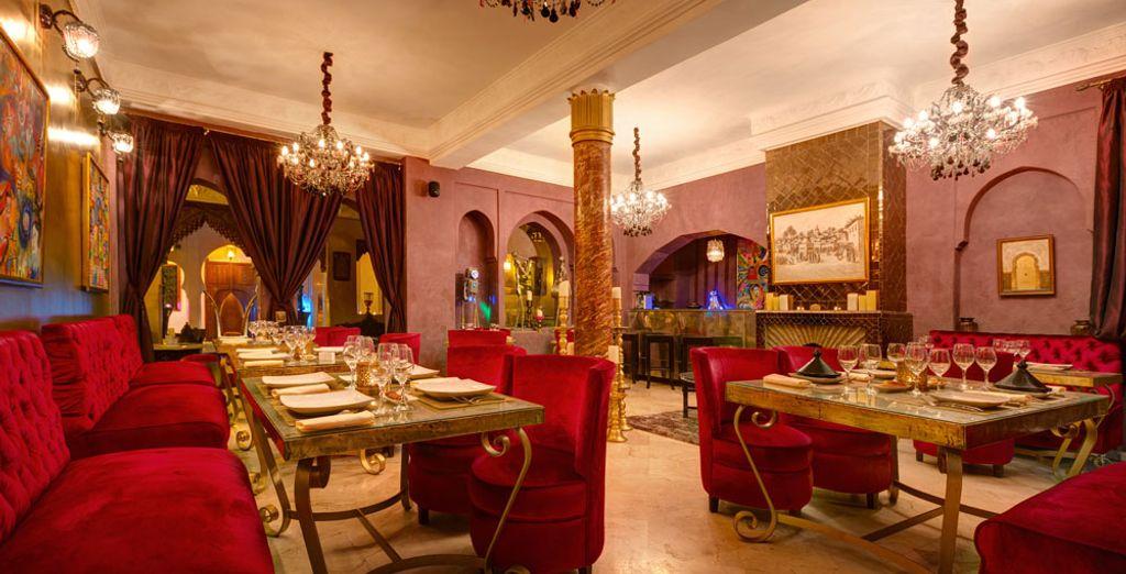 Prueba la gastronomía marroquí en el restaurante