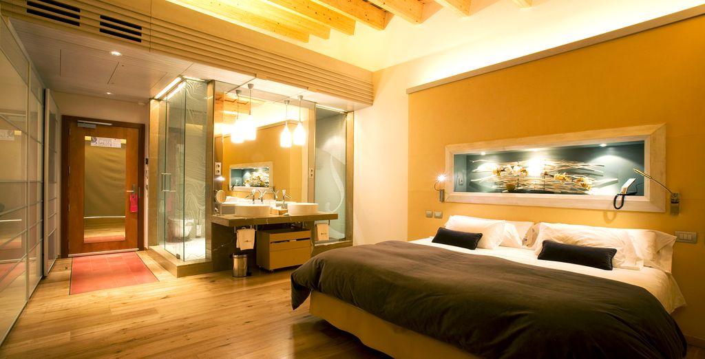 También puedes decantarte por la habitación De lujo,  situada en el lado de la montaña