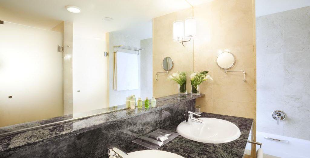 Equipada con un impresionante cuarto de baño