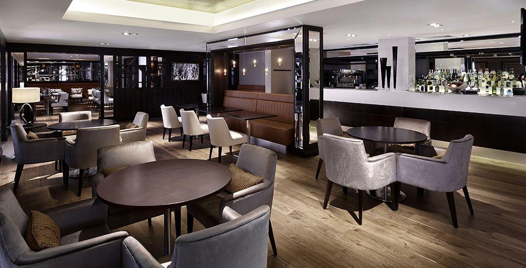Le W5 Grill & Bar a su servicio
