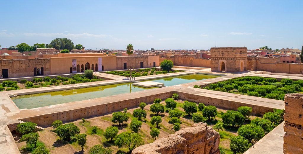 El riad está perfectamente situado a 4 minutos del palacio El Badi