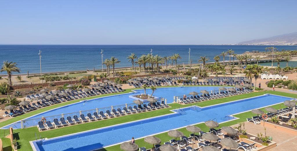 Bienvenido a Cabogata Mar Garden Hotel Club & Spa 4*