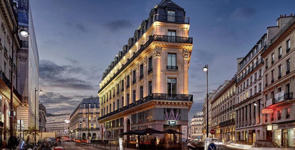 Bienvenido a París y a tu estancia en el Hotel W París - Opéra 5*