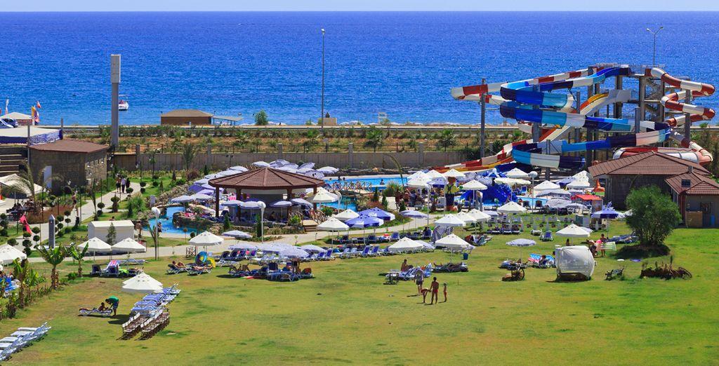 Con zonas para relajarse, un gran Spa y actividades para niños