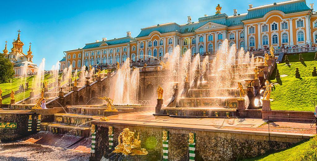 El cuarto día, descubrirás el encanto de Peterhof
