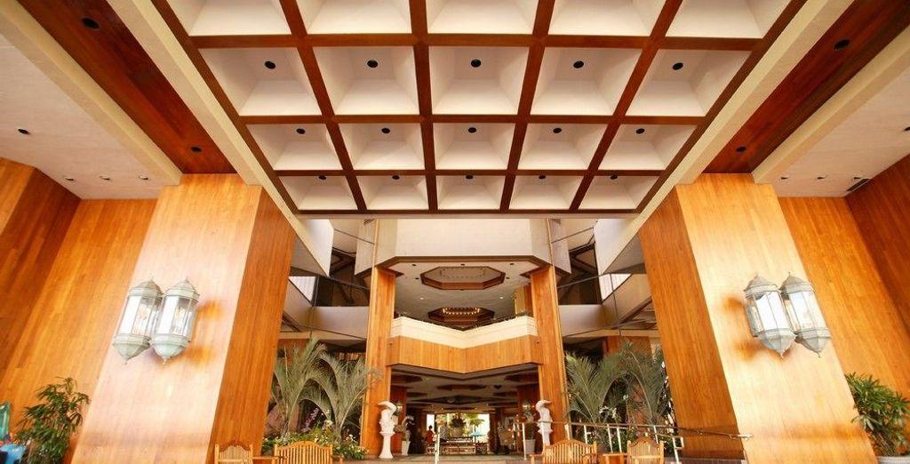 Tu hotel Hyatt Regency Waikiki Beach Resort & Spa 4*