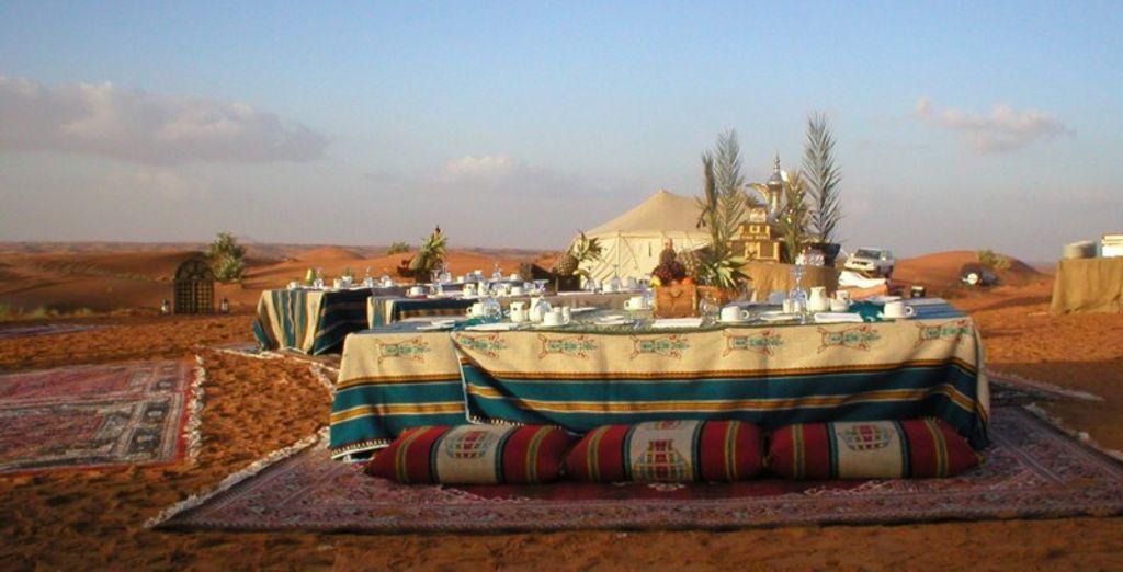 Disfrutarás de 1 noche en el Campamento Desert Rangers