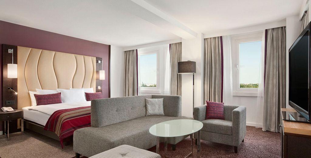 Su habitación Hilton Waterfront le espera