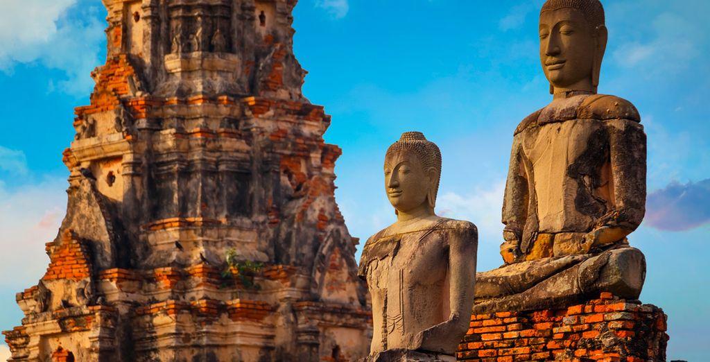 Antigua capital del país, donde visitarás sus maravillosos templos