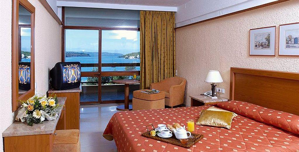 Te alojarás en una habitación Estándar con vistas al mar
