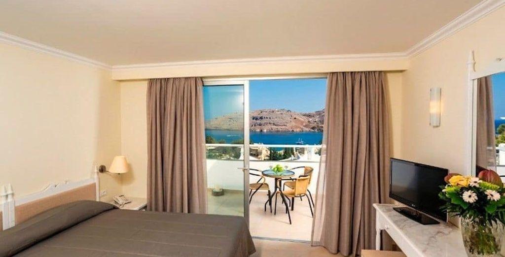 Descansarás en una habitación Doble con vistas al mar