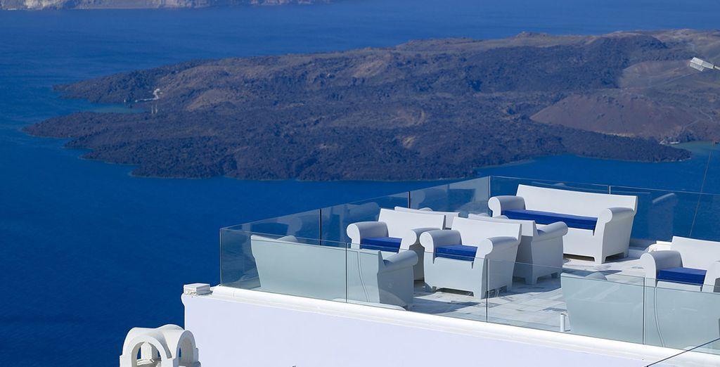 El Mar Egeo le da la Bienvenida desde su hotel