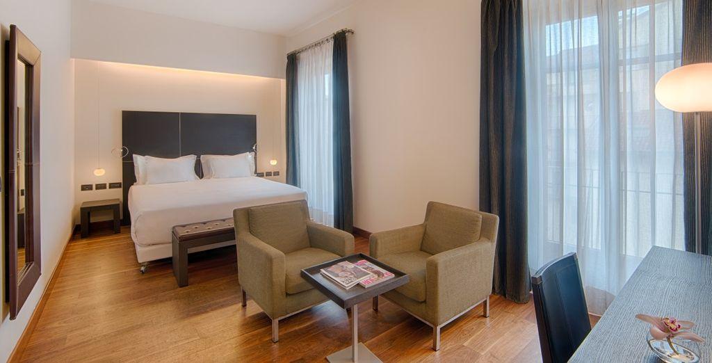 Con mobiliario moderno, sencillo y elegante