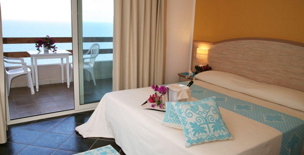 Descanse en su Habitación Comfort con vistas al mar