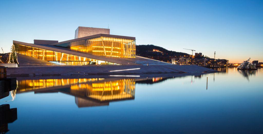 La luz inunda Oslo y la transforma en una ciudad perfecta para pasear