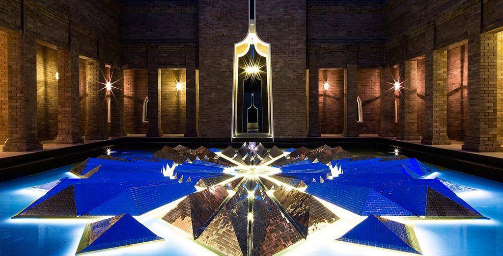 Con un estilo moderno y lujoso propio de un hotel de 5 estrellas