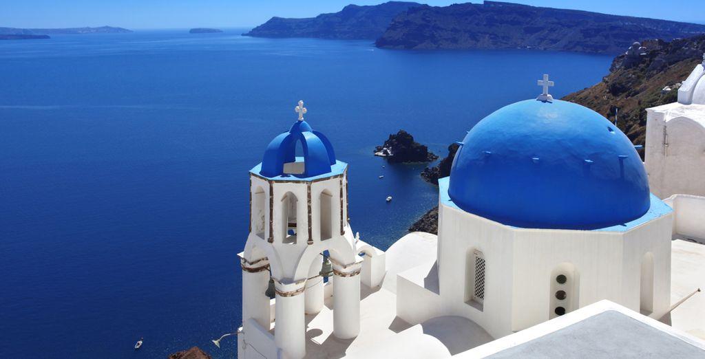 Sueñe en la bella Santorini, ubicada en el corazón de un volcán