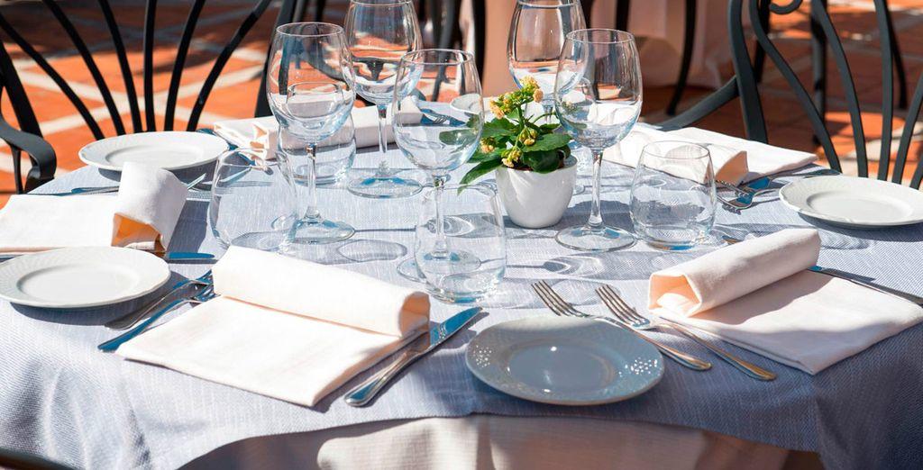 Deguste la cocina italiana en la terraza de la azotea