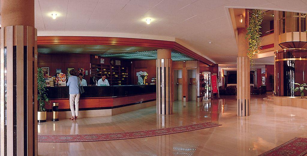 El hotel le ofrece unas excelentes instalaciones y servicios a su disposición