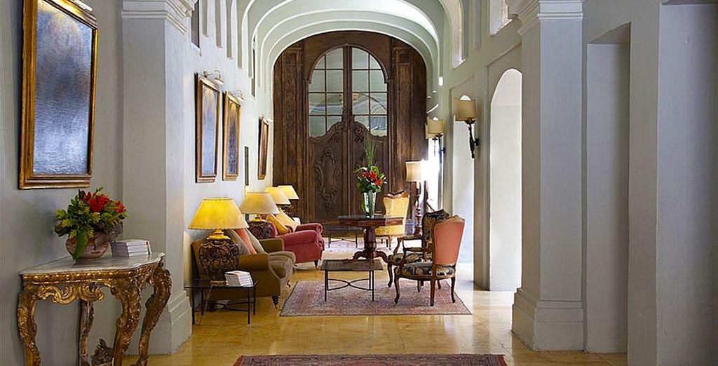 Xara Palace Relais & Chateaux le da la bienvenida